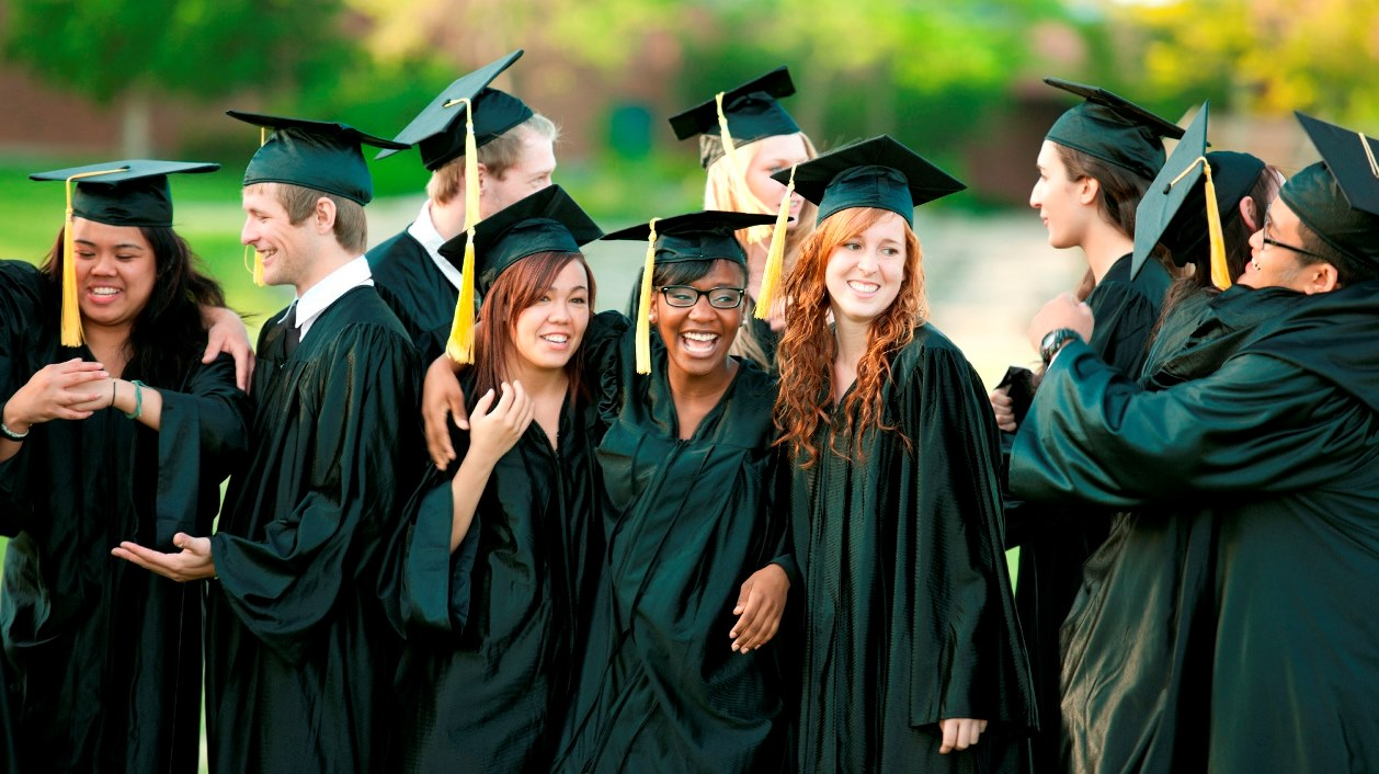 4 Myths About Americans Earning Graduate Degrees Abroad ...