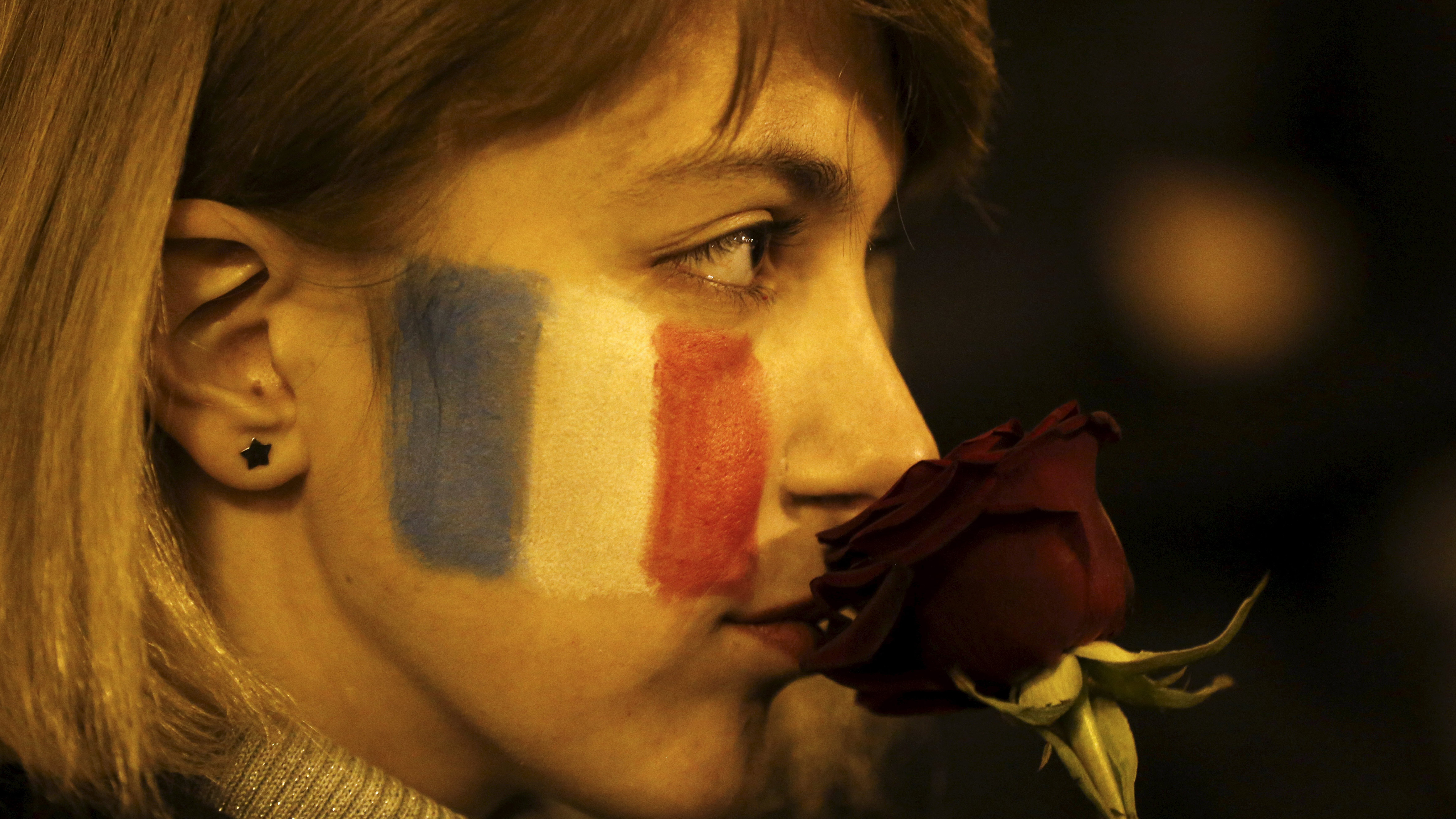 In Solidarity With France, Tributes Spring up Across the Globe
