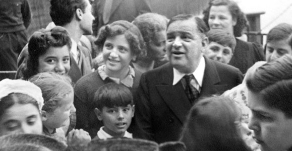 LaGuardia with supporters