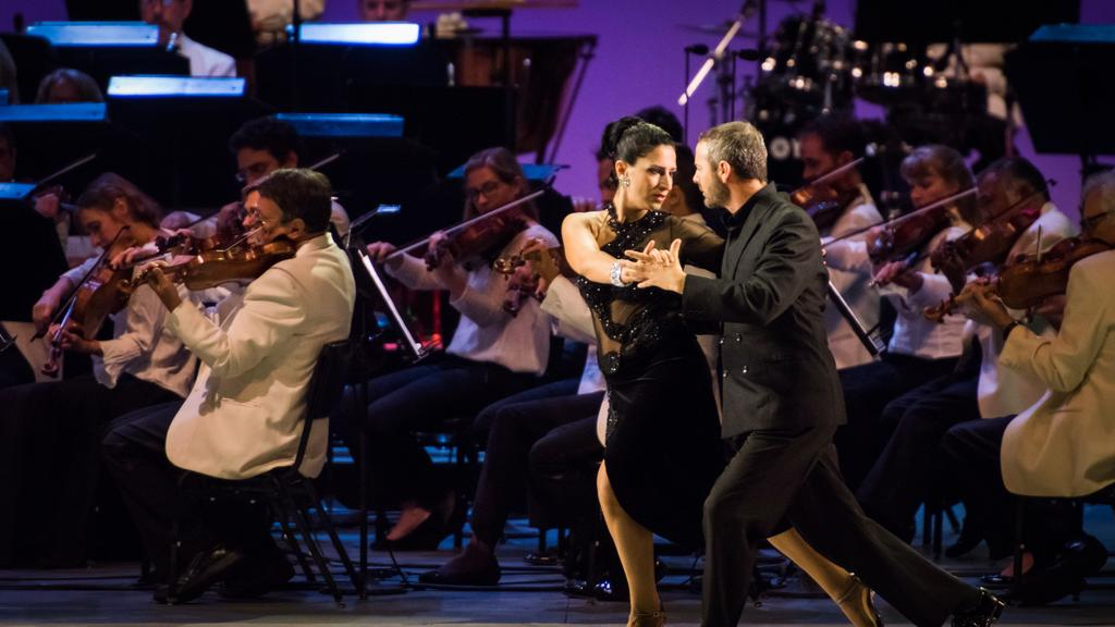 Great Performances: Dudabel Conducts Tangos Under the Stars