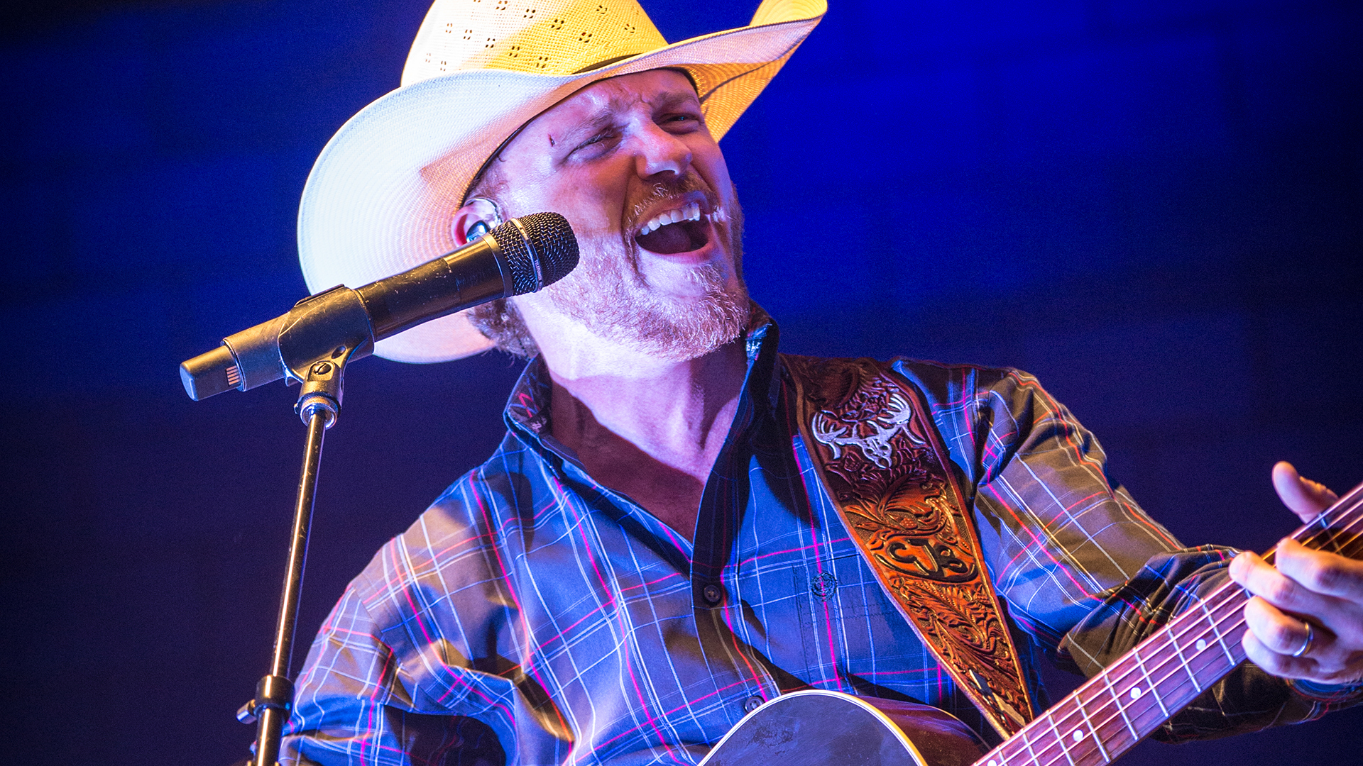 Homer's headliner Cody Johnson: 'It has been the absolute craziest year of my life'