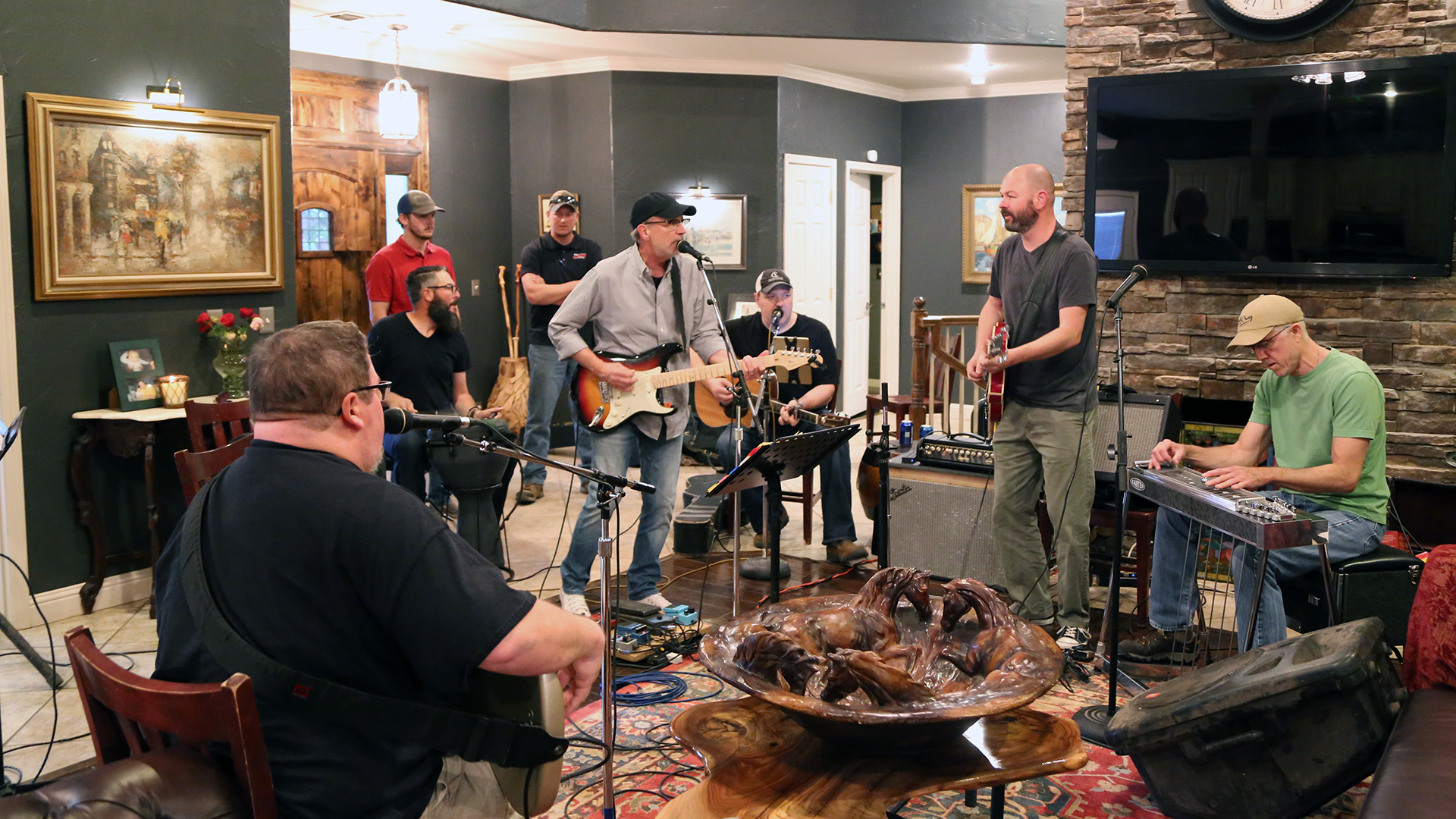 Amarillo musicians teaming to pay tribute to Merle Haggard for second year