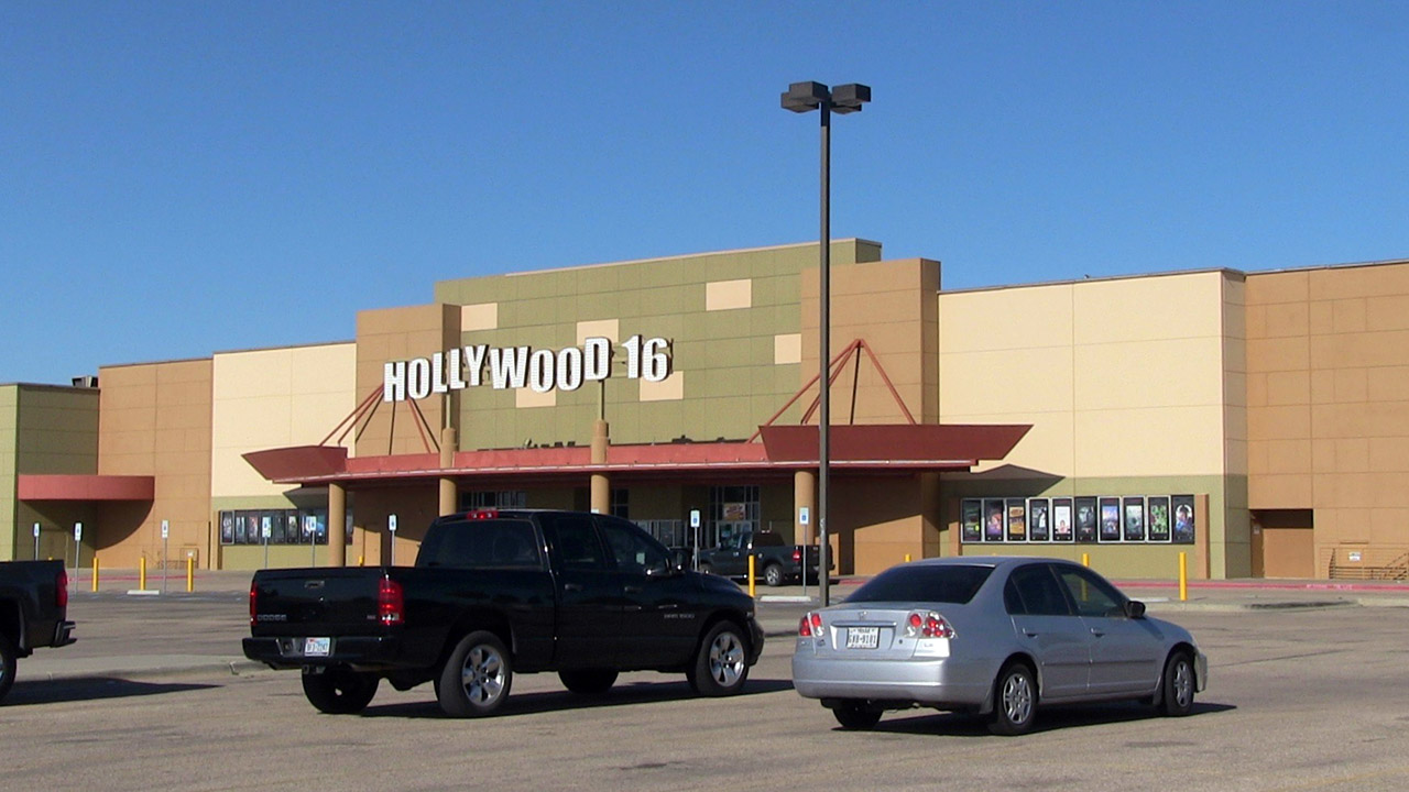 Wine, beer could be on ticket for Hollywood 16