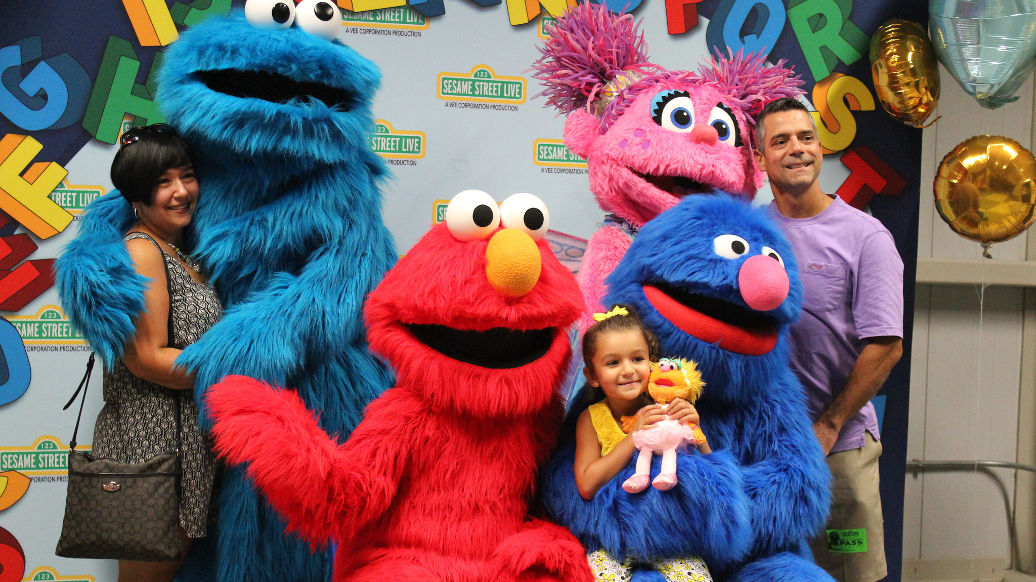 "Sesame Street Live Meet and Greet ""Elmo Makes Music"""
