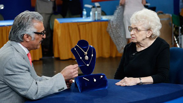 Antiques Roadshow: Knoxville - Monday, September 22 @ 7:00pm