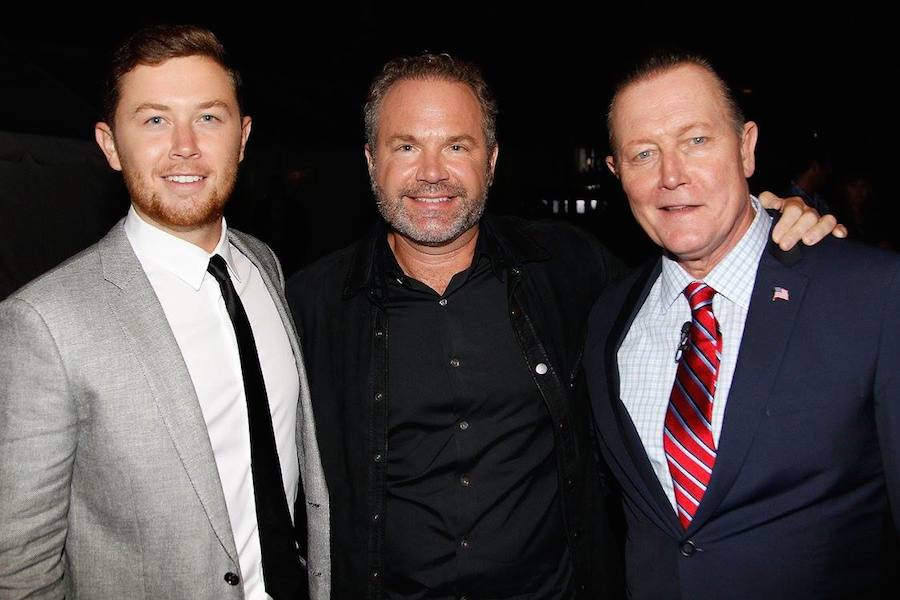 Scotty McCreery, John Ondrasik of Five for Fighting and Robert Patrick backstage at PBS' 2017 <em>National Memorial Day Concert</em> - Rehearsals at U.S. Capitol, West Lawn on May 27, 2017 in Washington, DC. (Photo by Paul Morigi/Getty Images for Capital Concerts)