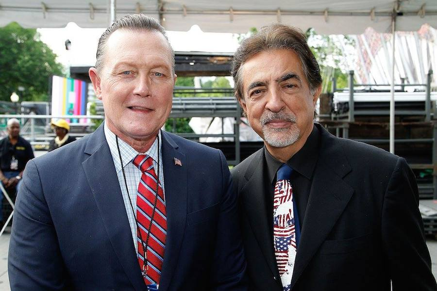 "Actors Robert Patrick from the hit series ""Scorpion"" and host Joe Mantegna backstage at PBS' 2017 <em>National Memorial Day Concert</em> - Rehearsals at U.S. Capitol, West Lawn on May 27, 2017 in Washington, DC. (Photo by Paul Morigi/Getty Images for Capital Concerts)"