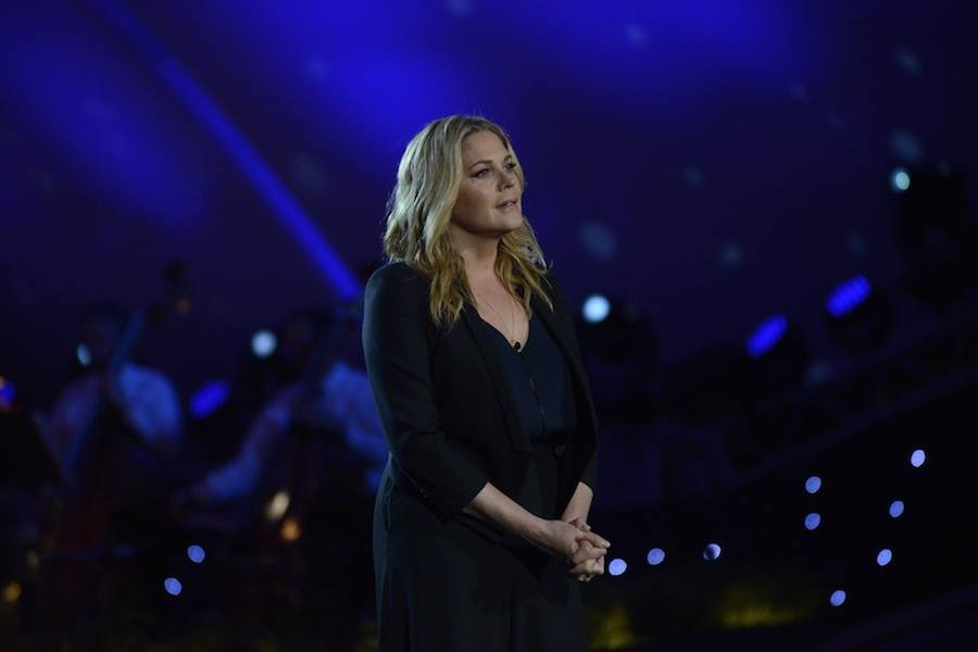 Actress Mary McCormack performs at PBS' 2017 <em>National Memorial Day Concert</em> at U.S. Capitol, West Lawn on May 28, 2017 in Washington, DC.
