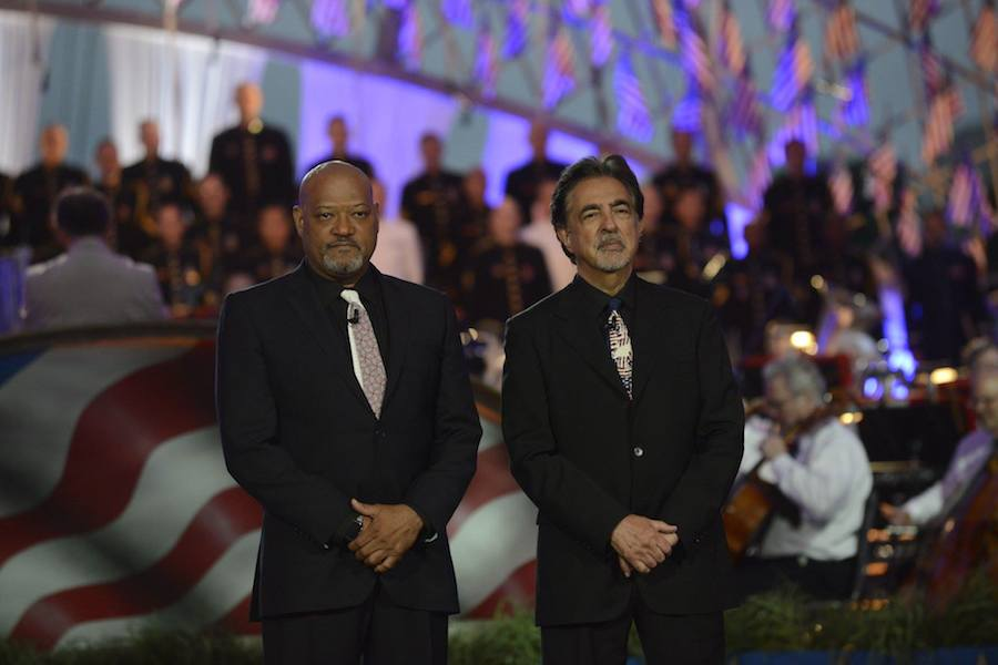 Hosts Laurence Fishburne and Joe Mantegna at PBS' 2017 <em>National Memorial Day Concert</em> at U.S. Capitol, West Lawn on May 28, 2017 in Washington, DC. (Photo by Paul Morigi/Getty Images for Capital Concerts)