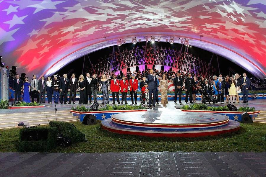 Performers onstage from the show finale of PBS' 2017 <em>National Memorial Day Concert</em> at U.S. Capitol, West Lawn on May 28, 2017 in Washington, DC. (Photo by Paul Morigi/Getty Images for Capital Concerts)