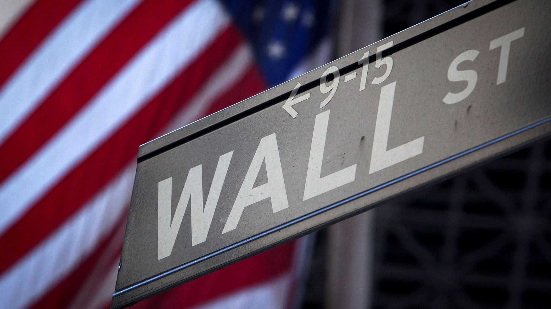 Where do the presidential candidates stand on Wall Street regulation?