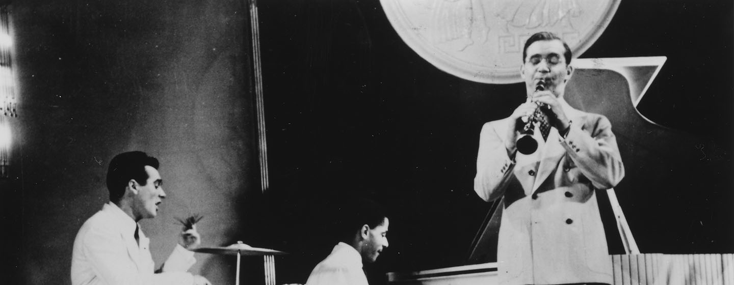 jazz ken burns Watch ken burns: jazz full episodes online instantly find any ken burns: jazz full episode available from all 1 seasons with videos, reviews, news and more.