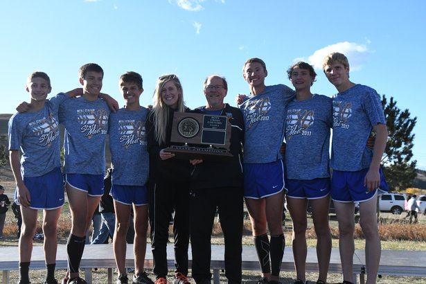 2017 CC Class A Boys 1st Place - West Central.jpg