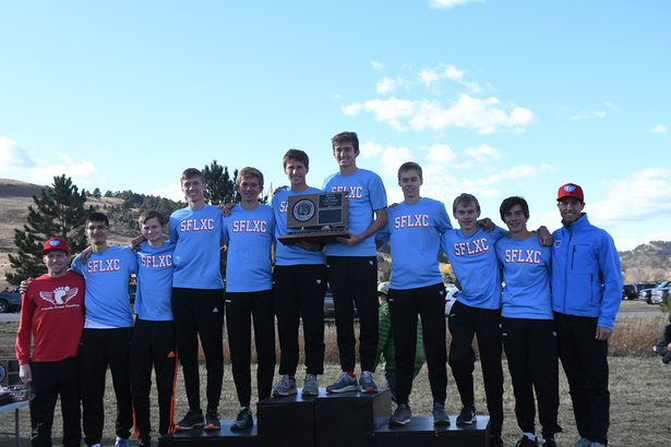 2017 CC Class AA Boys 2nd Place - Sioux Falls Lincoln.jpg