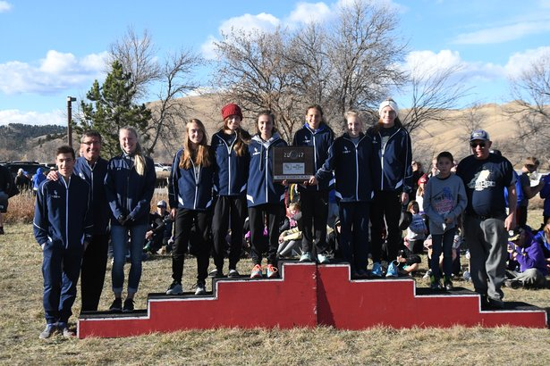 2017 CC Class B Girls 4th Place - Gayville-Volin.jpg